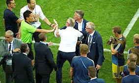 بيرهوف ينتقد طريقة الاحتفال  الألمانية بعد الفوز على السويد