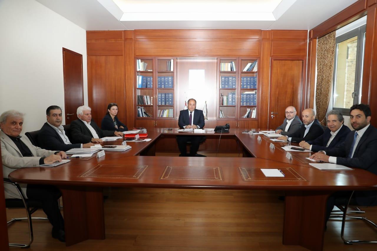 استكمال الحوار بين ممثلي الاحزاب في المجلس الاقتصادي والاجتماعي