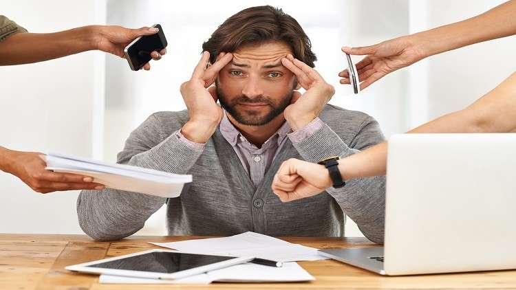 ضغوط العمل أكثر فتكا بالرجال من النساء!