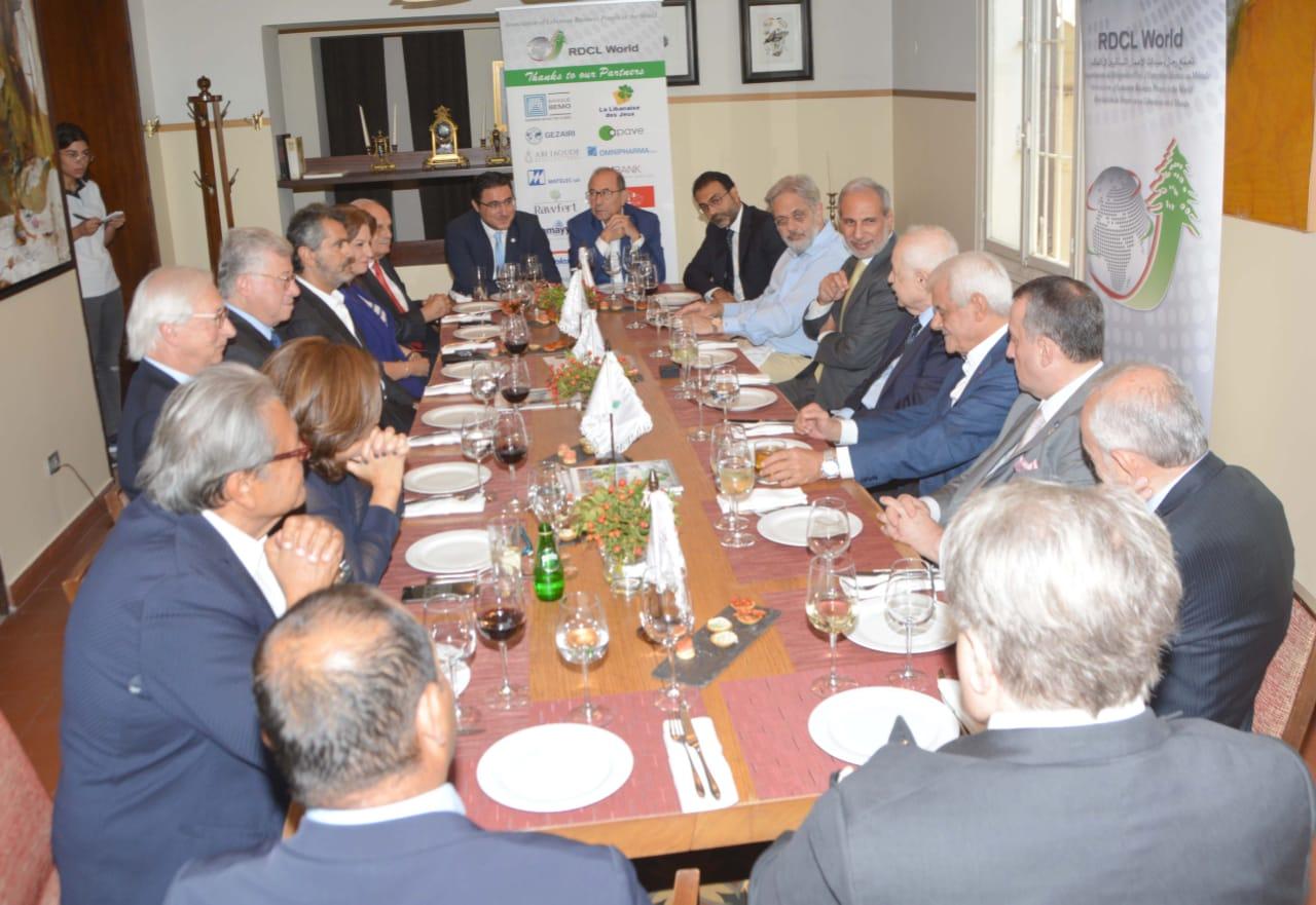«تجمع رجال الأعمال اللبنانيين» لإنضمام لبنان لإتفاقية التجارة
