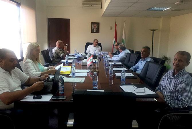 الخطيب رأس اجتماع المجلس  الوطني للمقالع والكسارات