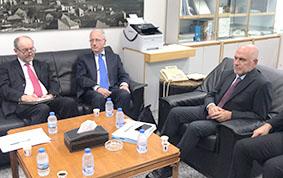 فنيانوس: ليس من الضروري «تكسير» المطار إذا كان المقصود وزارة الأشغال