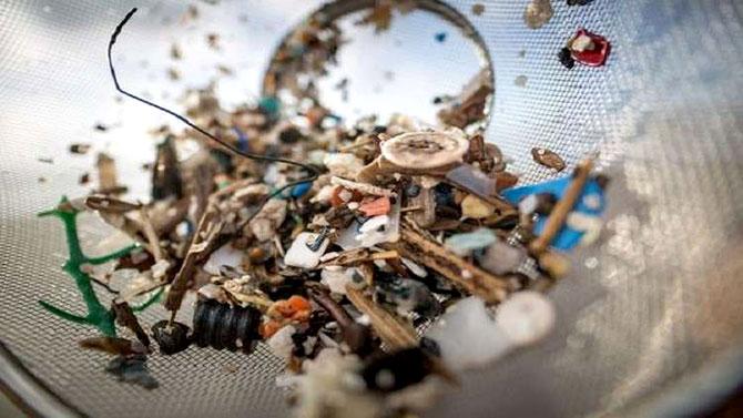 دراسة عالمية تثبت أننا جميعا «نتناول» البلاستيك!