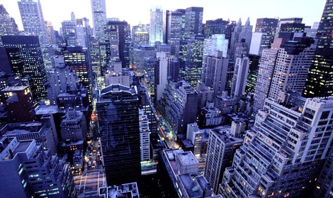 «المزايا»: العقارات الفاخرة تستهدف أثرياء العالم بعوائد مرتفعة وتعزز أداء السوق بشكل عام