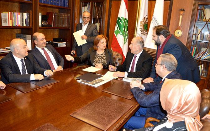 تعاون بين غرفتي طرابلس ومرسين وجمعية تراب تتعلق بتوسعة مرفأ طرابلس ومطار القليعات