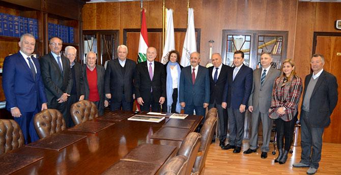 دبوسي عرض مع الحسن المشروع  الاستثماري اللبناني العربي الدولي