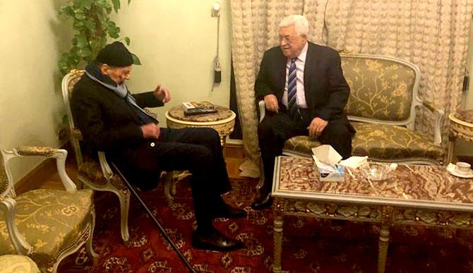 الرئيس الفلسطيني محمود عباس يستقبل عضو المجلس الوطني الشيخ فيصل ابو خضرا