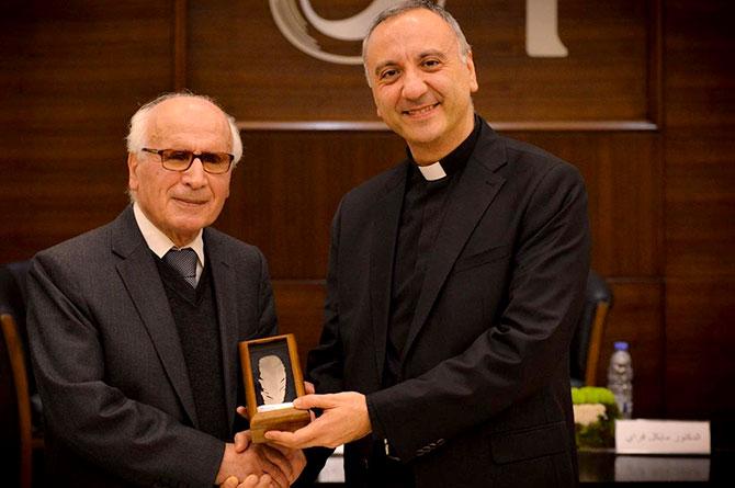 معهد العالم العربي والجامعة الأنطونية يكرمان ناصيف نصار