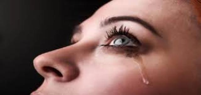 علماء يدعون لانهمار الدموع عند الرغبة بالبكاء