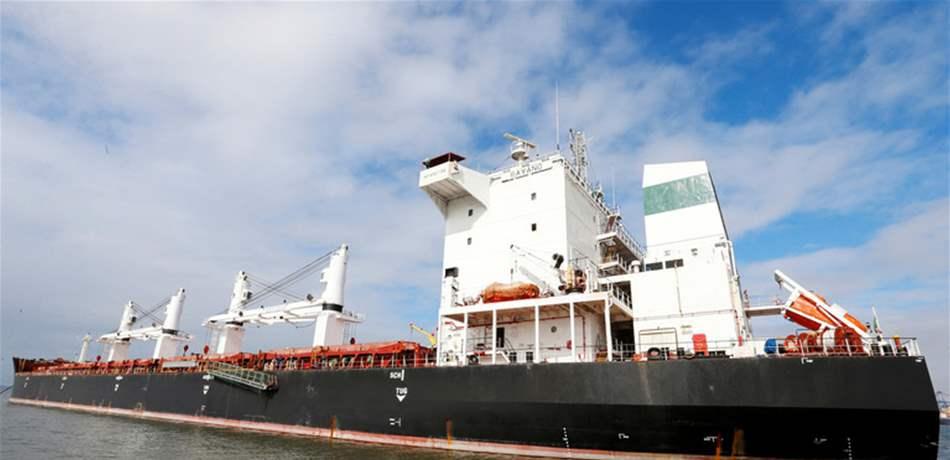 محكمة برازيلية تُجبر شركة نفط على تزويد سفينيتن إيرانيتين بالوقود