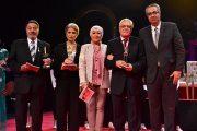 تكريم النجوم في حفل افتتاح المهرجان القومي للمسرح