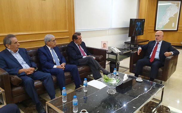 وزير الأشغال عرض مع الخليل وحرب شؤونا إنمائية مناطقية