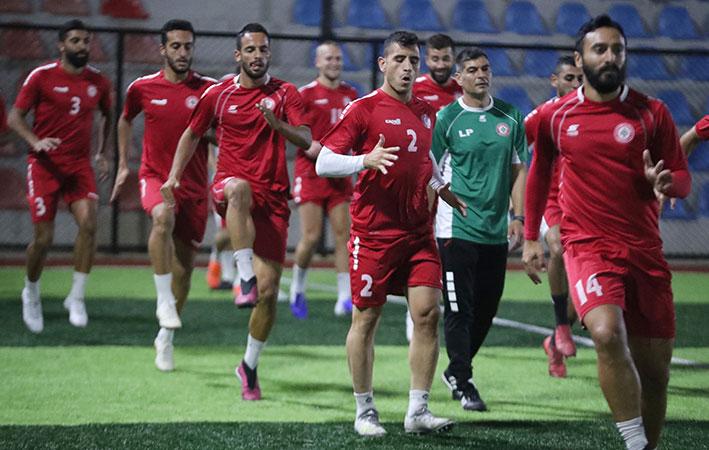منتخب لبنان لكرة القدم يتأهب لمواجهة تركمانستان