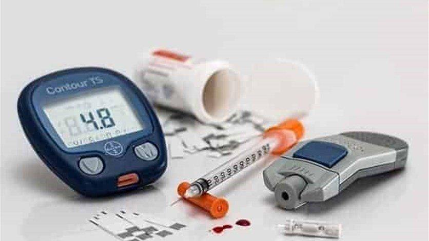 مستوردو الأجهزة الطبية: البضائع بالمستودعات لا تكفي احتياجات شهر