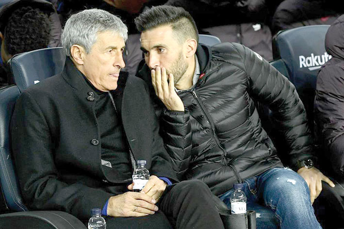 كيكي يؤكد إمكانية تعاقد برشلونة مع مهاجم جديد