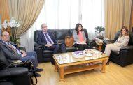 يمين بحثت مع مديرة «منظمة العمل الدولية» سبل التعاون