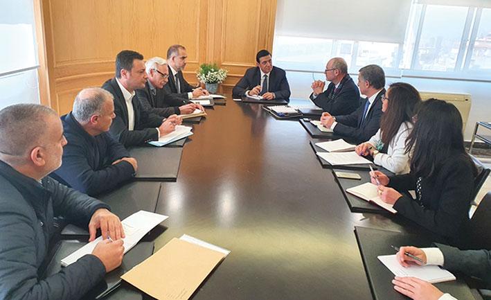 نجار اتفق مع البنك الدولي  على إعداد استراتيجية للنقل