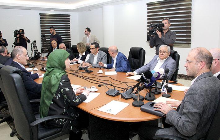 حسن: إجراءات لجنة متابعة الـ«كورونا» أشبه بحالة طوارئ صحية مدنية