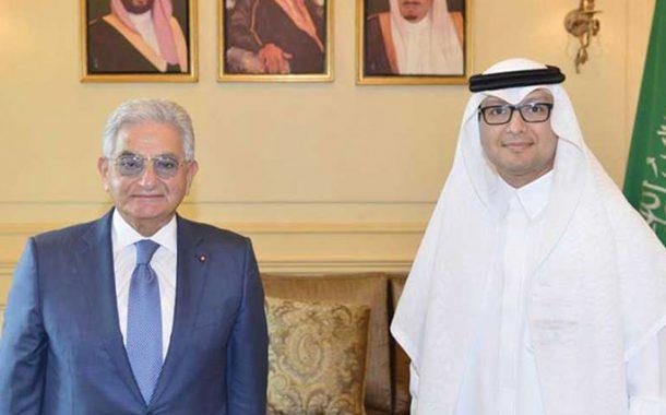 صفير يلتقي السفير السعودي: الدولار سيؤمن عبر المصارف