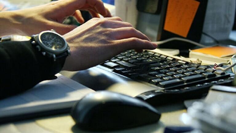 متى تشكل لوحة مفاتيح الكمبيوتر خطورة على الصحة