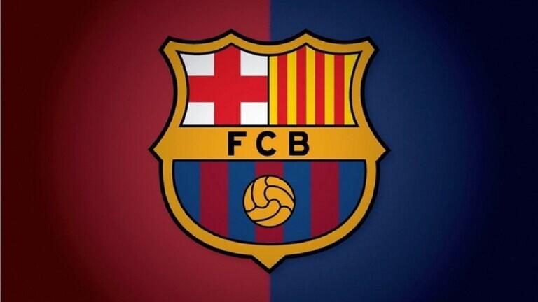 برشلونة يكشف عن قميصه الثالث للموسم الجديد