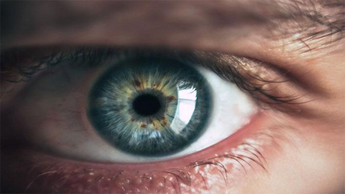 بدء أولى التجارب السريرية البشرية لعين إلكترونية!