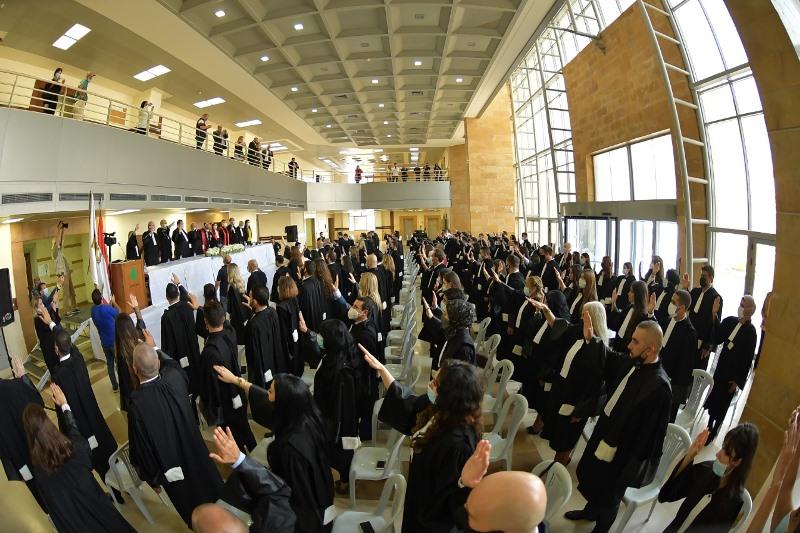 نقابة المحامين في طرابلس تحتفل بانضمام متدرجين من المحامين إلى جدول النقابة