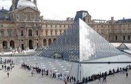 فرنسا تطلق سراح كونغولي بانتظار محاكمته بعد اتهامه بمحاولة سرقة تمثال من اللوفر