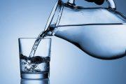 هل شرب الماء الدافئ أو الساخن مفيد صحيا؟