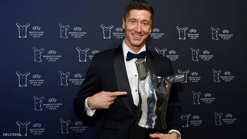 ليفاندوفسكي لاعب العام في أوروبا.. وأول غياب لميسي ورونالدو