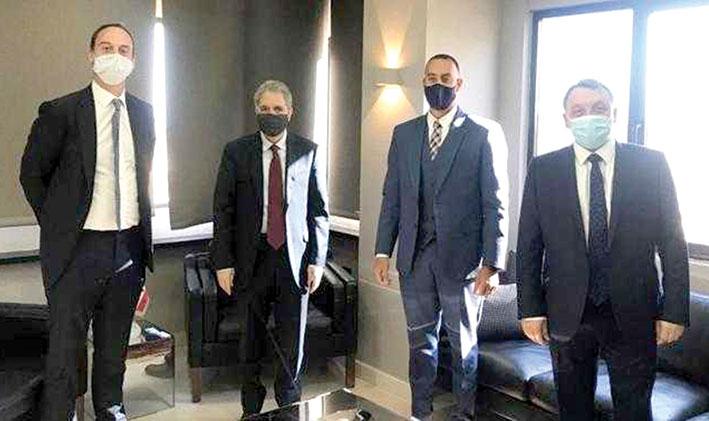 وزني التقى فريق عمل شركة التدقيق الجنائي