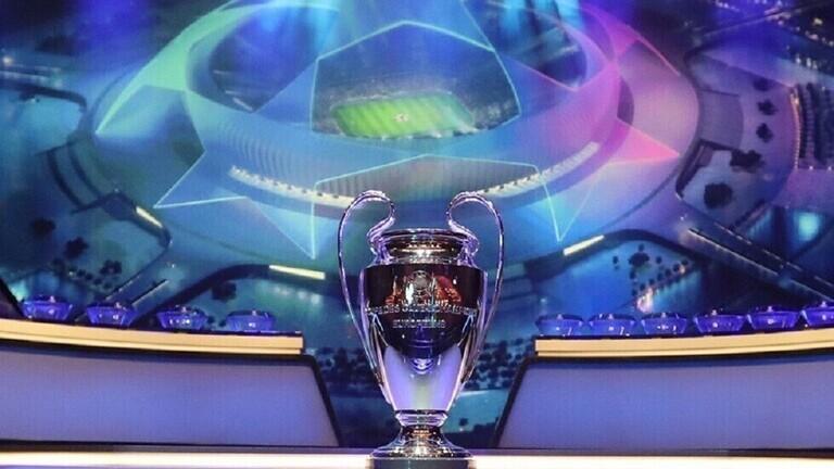 دقيقة صمت في مباريات دوري أبطال أوروبا اليوم حزناً على رحيل مارادونا
