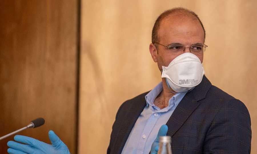 إصابة وزير الصحة بكورونا وادخاله المستشفى..