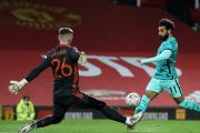 مانشستر يونايتد يطيح بضيفه ليفربول وصلاح يحرز هدفين بطعم العلقم