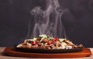 هكذا تؤثر حرارة الطعام على إفراطك في الأكل!