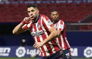 سواريز يحطم رقم كريستيانو رونالدو ويبتعد بالصدارة