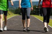 مختص يوضح ما يحدث للجسم إذا مشيت 10 آلاف خطوة في اليوم