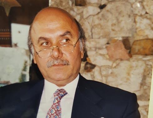 بقلم الدكتور نسيم الخوري  - متى عقدت السُبحة مع رفيق الحريري؟