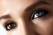 أعراض في عينيك تظهر أن مستويات الكوليسترول مرتفعة