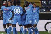 نابولي ينتزع صدارة الدوري الإيطالي برباعية في شباك أودينيزي