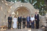 رئيس جامعة الروح القدس يلتقي وفدًا من الدولة الهنغارية